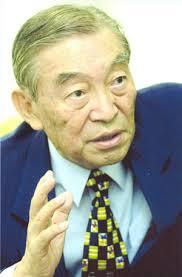 2002 강원용.jpg